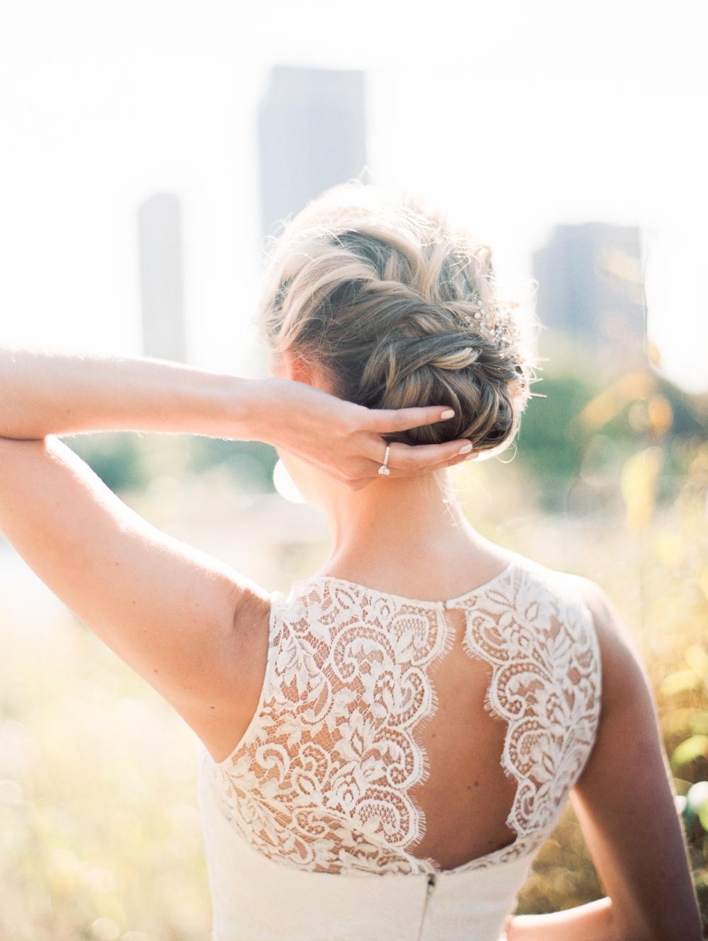 kristin-la-voie-photography-bridgeport-art-center-wedding-chicago-wedding-photographer-82.jpg
