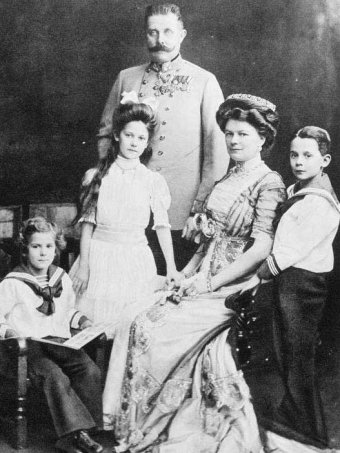 Franz Ferdinand with his wife Sophie and their children.