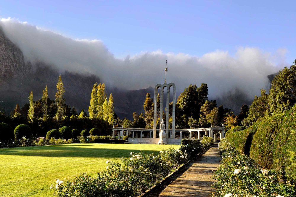 DAY 5:                   Cape Winelands Tour (Simondium) - Franschhoek Valley is one of the most beautiful wine valleys in the whole world with its senses of intimacy and mystery...