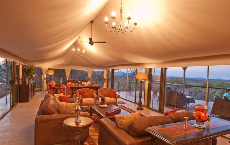 Africa Photo Safari hotel Elephants10.jpg