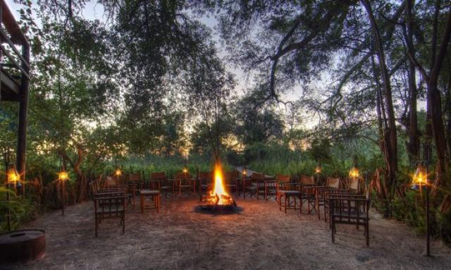 africa photo safari botswana camp2.jpg