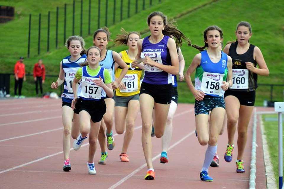 Springwell RC's Niamh McGarry winning the U14 800m (photo NI Running)
