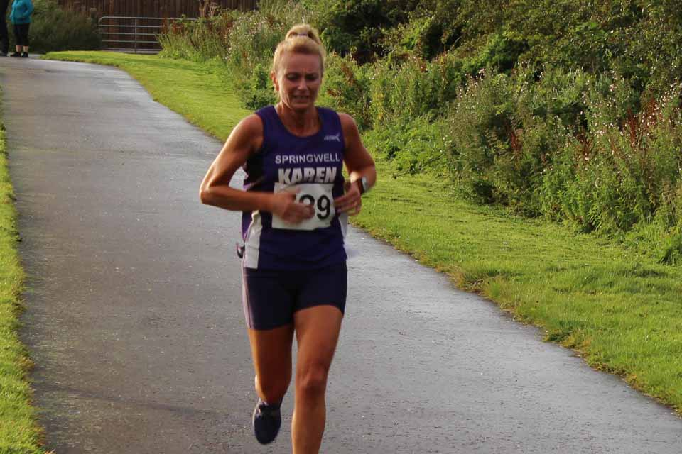 Karen McLaughlin (Springwell RC) at the Purple Ladies