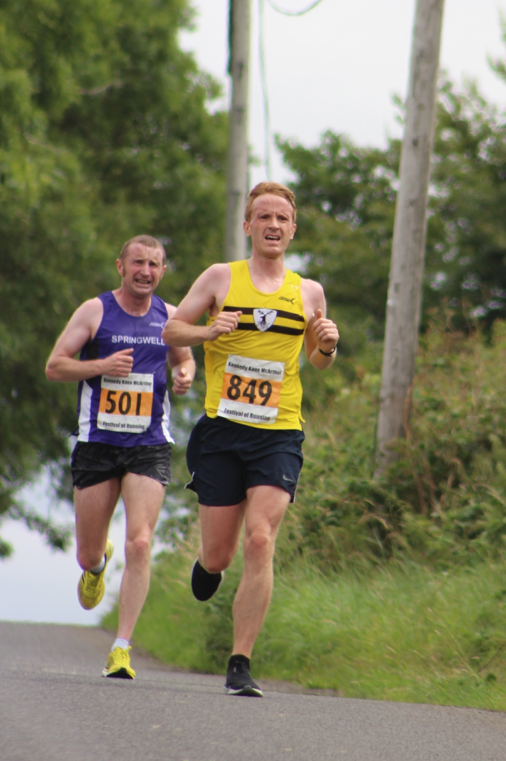 Paul Thompson (Springwell RC) and Colin Willetts (North Belfast Harriers) at the KKMcA Half Marathon