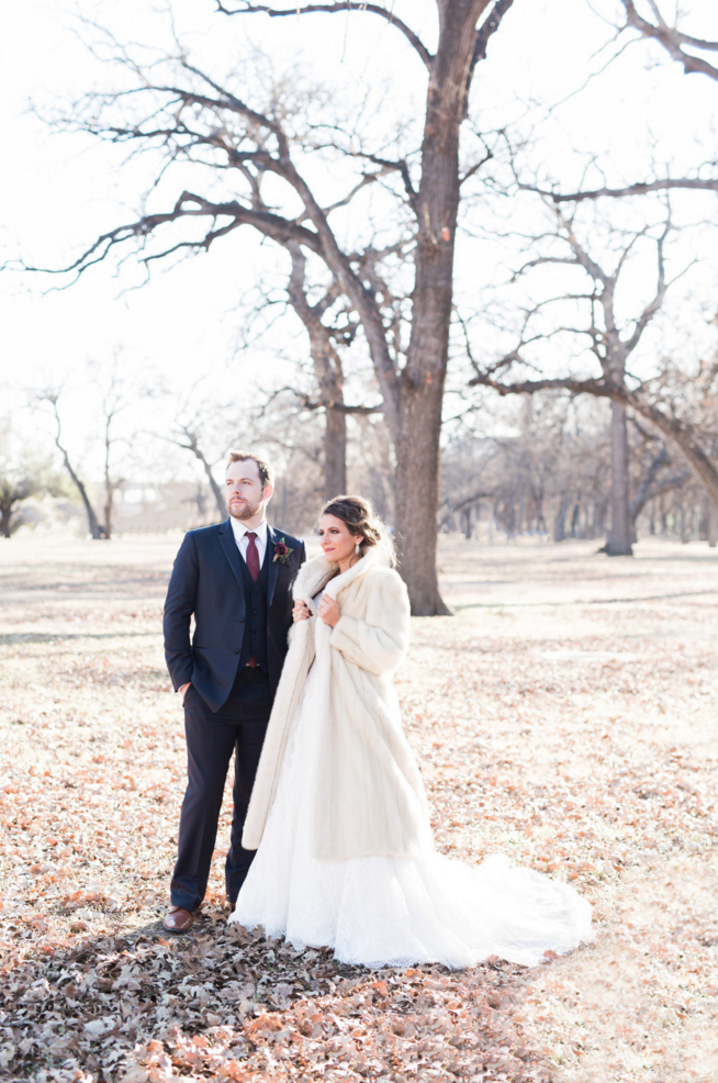 Winter Bride Fur Coat Inspiration | Maroon and Navy Rustic Winter Wedding in Fort Worth, TX