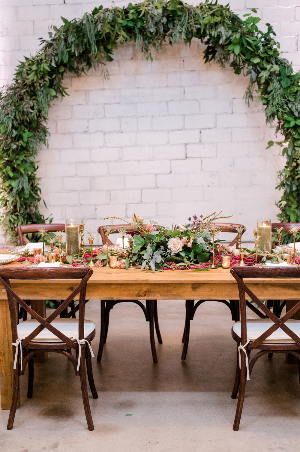 Fall Maroon Head Table | Industrial Vintage Fort Worth Wedding