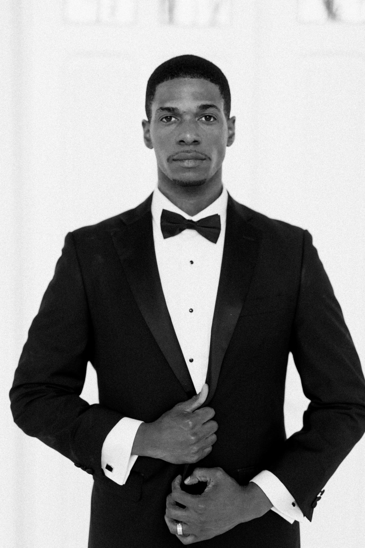 Black Tie Formal Wedding | Ballet Inspired White Barn Wedding