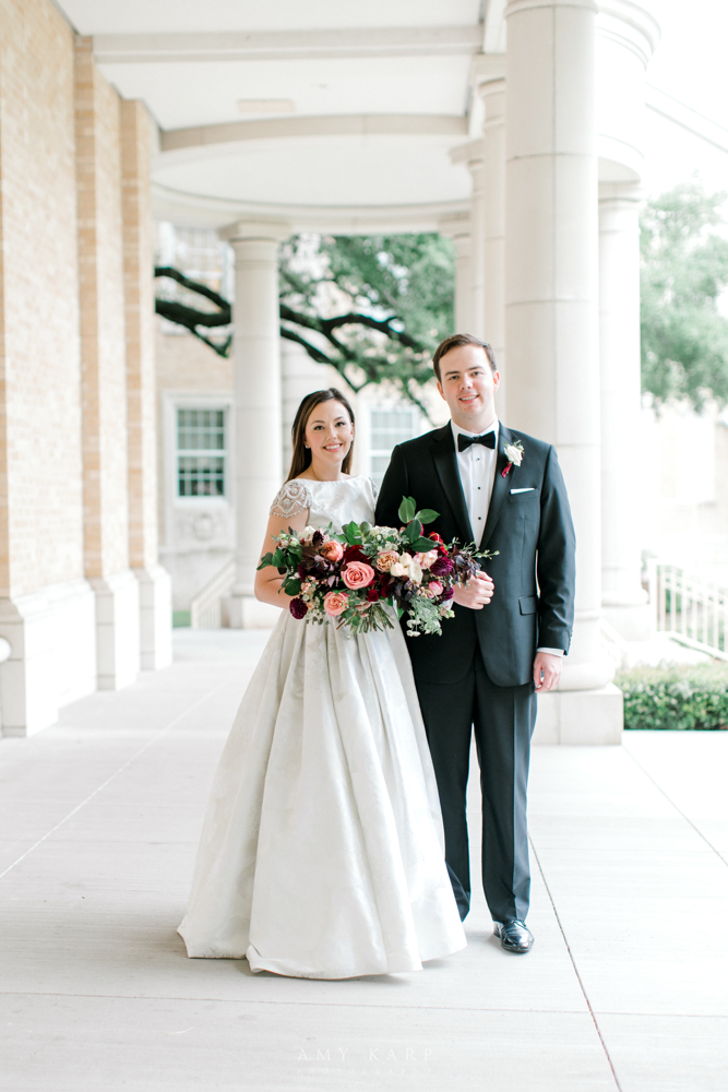 First Look Pictures | Formal Vintage Fall Wedding