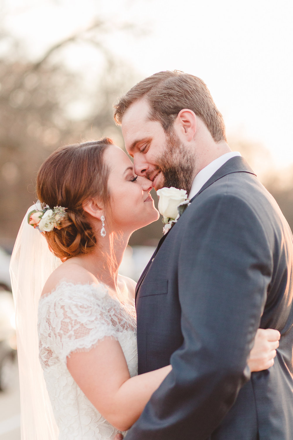 Bride and Groom Sunset Pictures | Rose Gold and Dusty Blue Winter Wedding in Dallas, TX