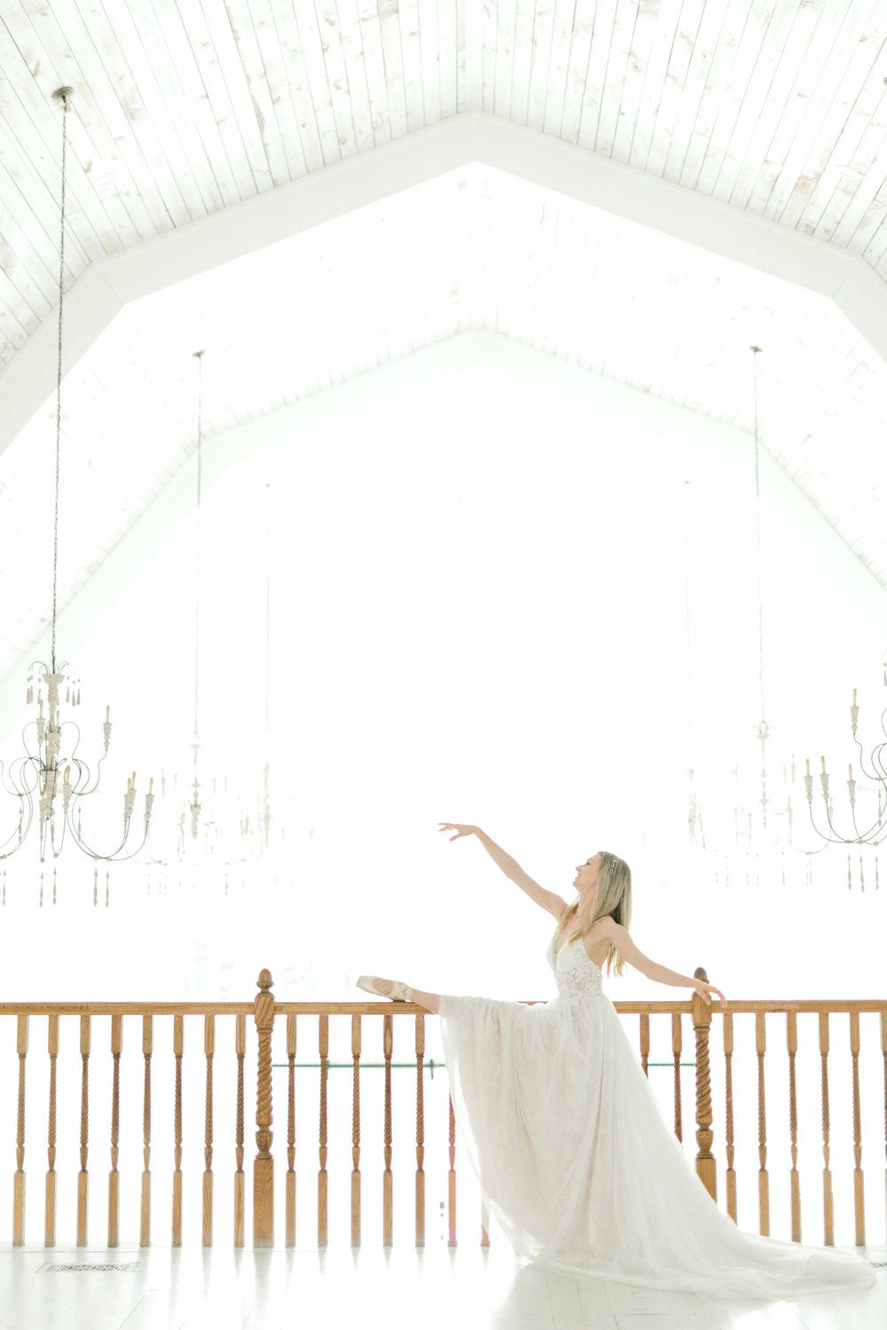 ballet inspired wedding inspiration photoshoot at the white sparrow barn