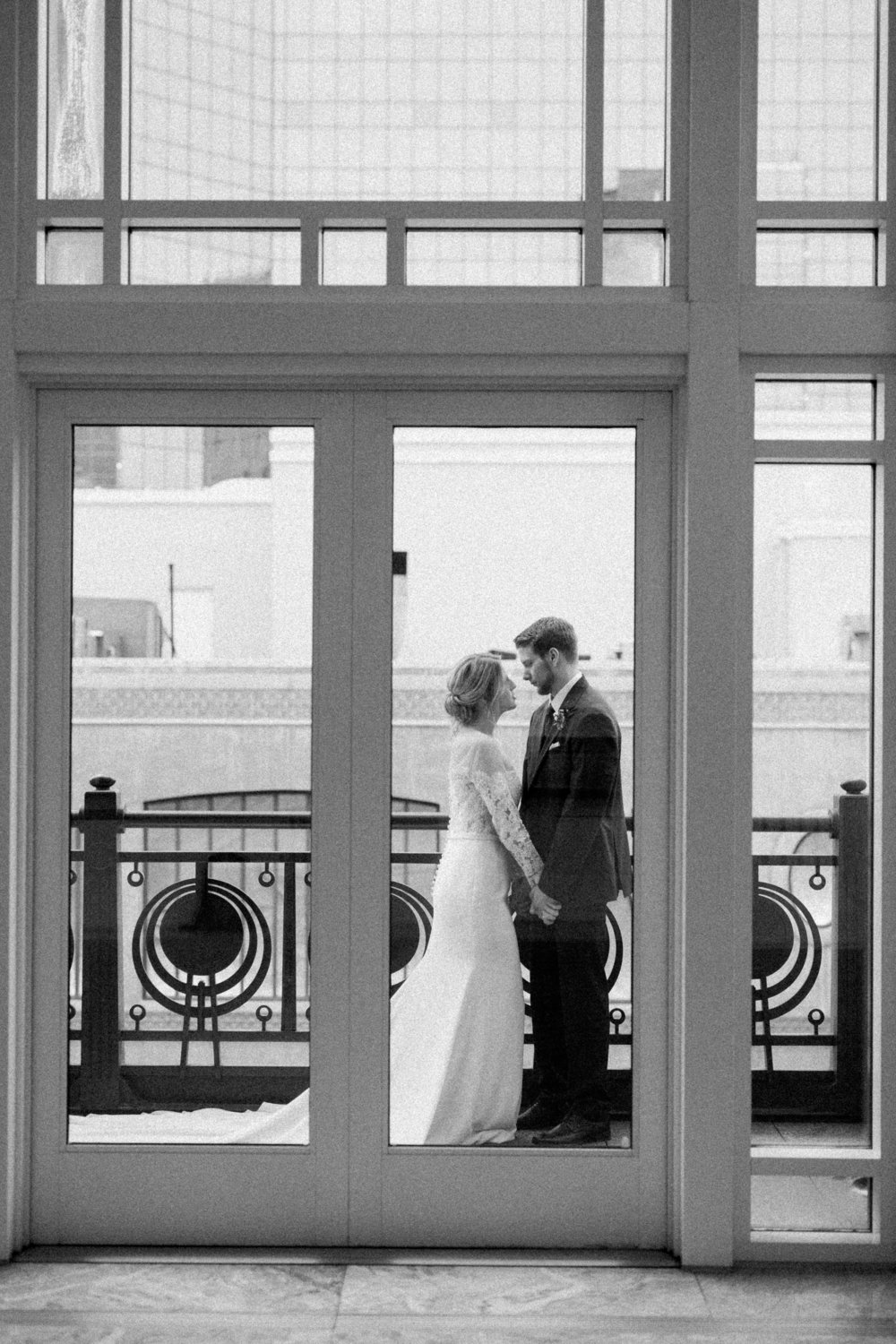 European Art Deco Inspired Wedding | Downtown Fort Worth
