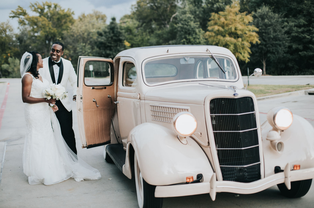 Vintage Wedding Getaway Car | Dallas Wedding Planning