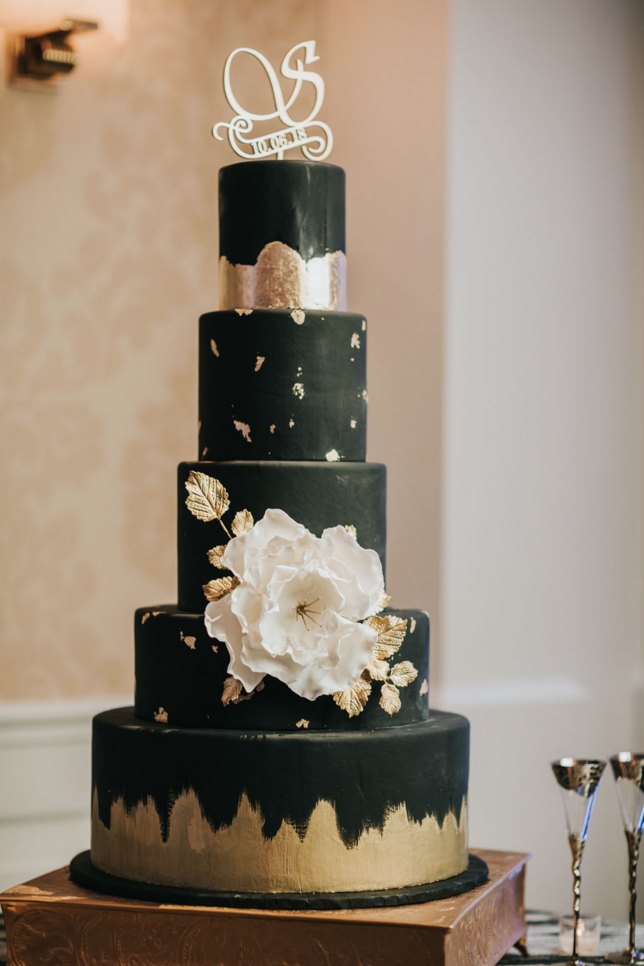 black-and-gold-modern-luxe-wedding-cake