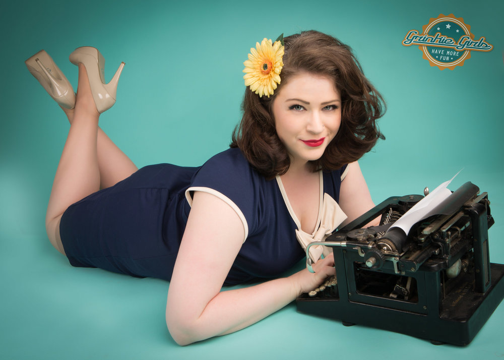 Typewriter pin up grinkie photography.jpg