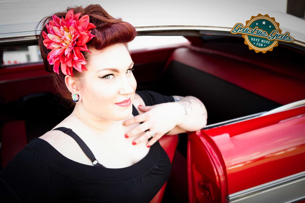red head car pinup grinkie photography.jpg