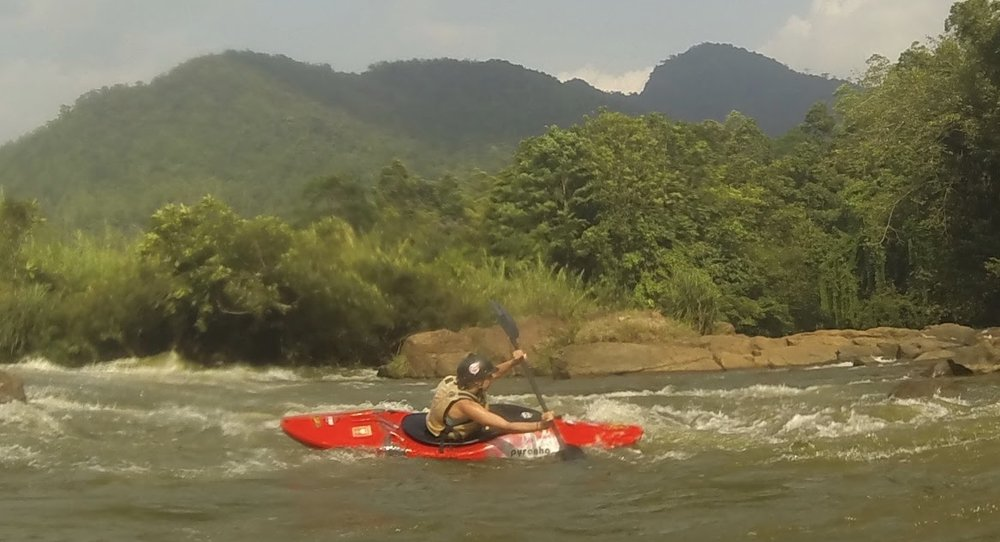 AccommodationKayaking in Sri Lanka near Kitulgala on the river Kelani