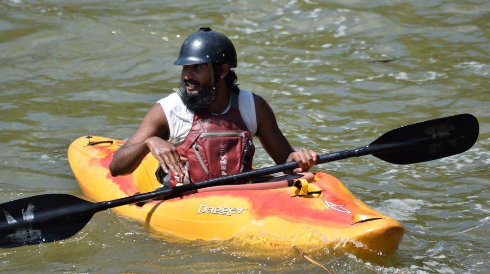 Kayaking trips in Sri Lanka, view of the river Kelani
