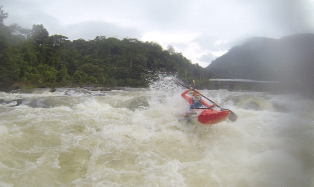 Kayaking in Sri Lanka near Kitulgala on the river Kelani