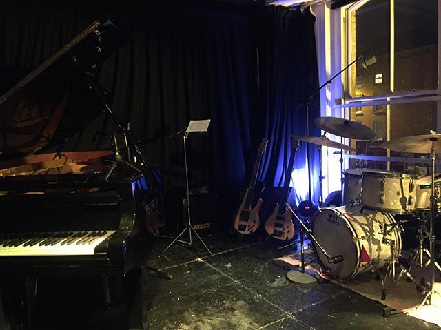 Doors at 8:30 pm in @arthurs_blues_and_jazz_club today, really hope to see you guys here!