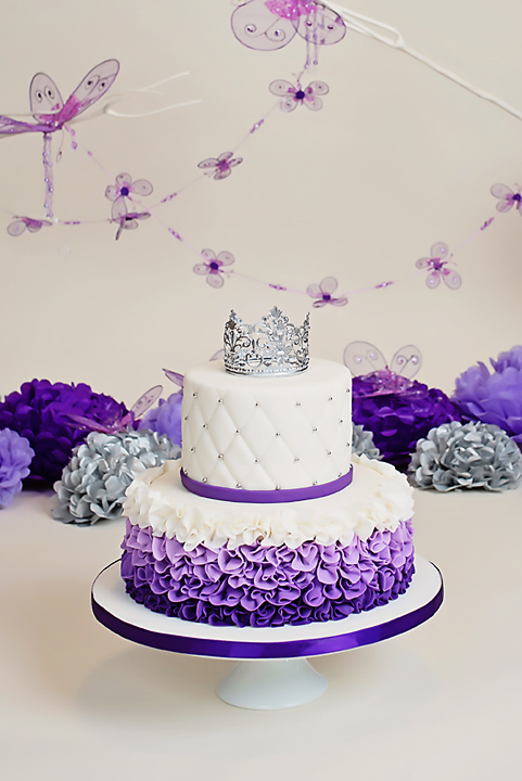 Purple White Birthday Cake Ruffles Quilted Hombre
