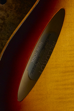 Perfecta_soundhole_detail_new.jpg