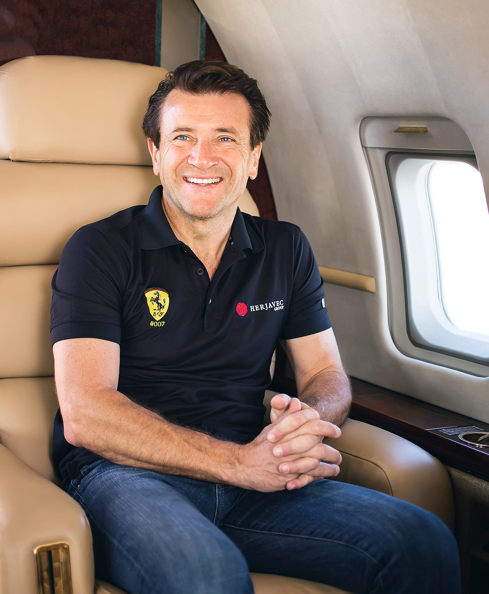 Bombardier Experience Magazine - Business Aircraft - Creative Direction and Art Direction by Guillaume Briere (Montreal and Toronto) - Shark Tank's Robert Herjavec Portrait - Luxury and Travel Branded Content