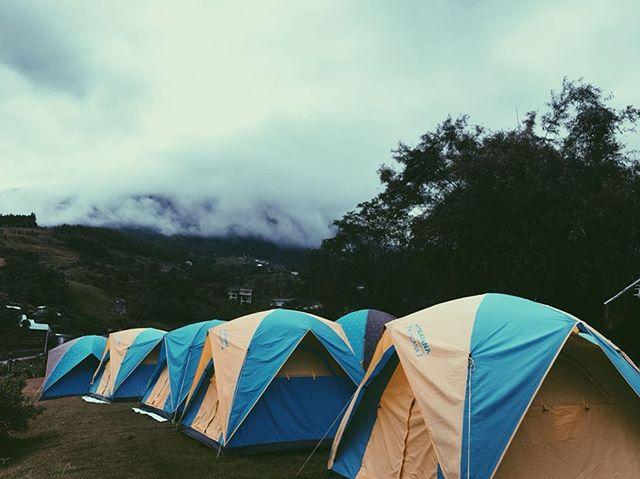 🏕มาพักเต้นท์ที่ คีรีปุระ หน้าหนาวนี้กันเน้ออ 🌲⛺️⛰ . . #คีรีปุระรีสอร์ท #kiripuraresort #topviewcamp #เขาค้อ #จังหวัดเพชรบูรณ์ #khaokho #phetchabun #travel #thailand #camping #getaway #วัดผาซ่อนแก้ว🙏 #แคมป์ #ที่พัก #ท่องเที่ยว