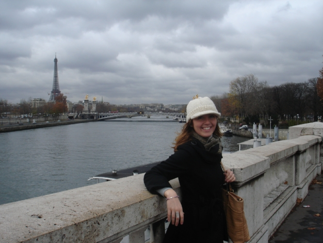 Still one of my all-time favorite pictures from my travels. Je t'aime Paris!