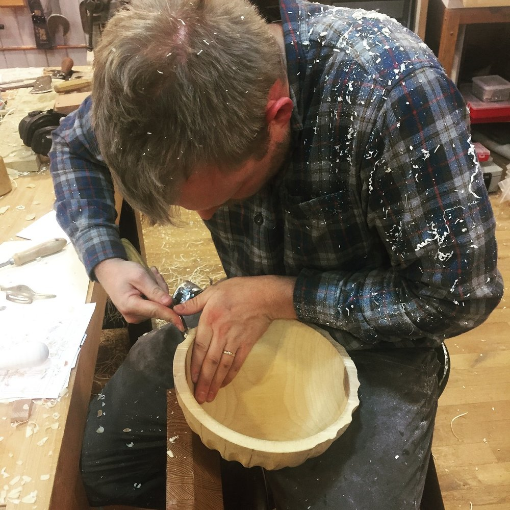 Timm carves a scalloped beech bowl
