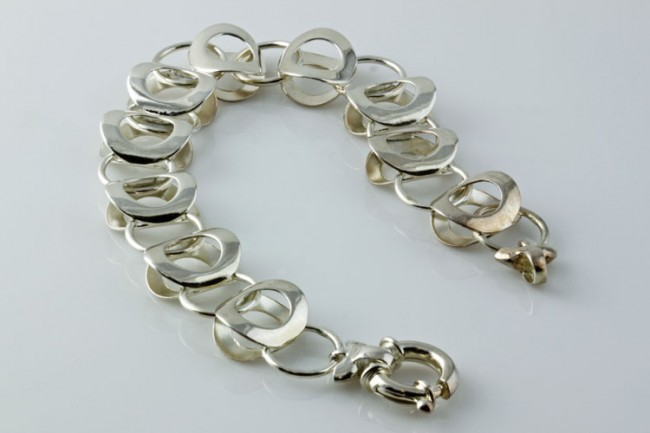 silver-bracelet-4122-e1331468833658.jpg