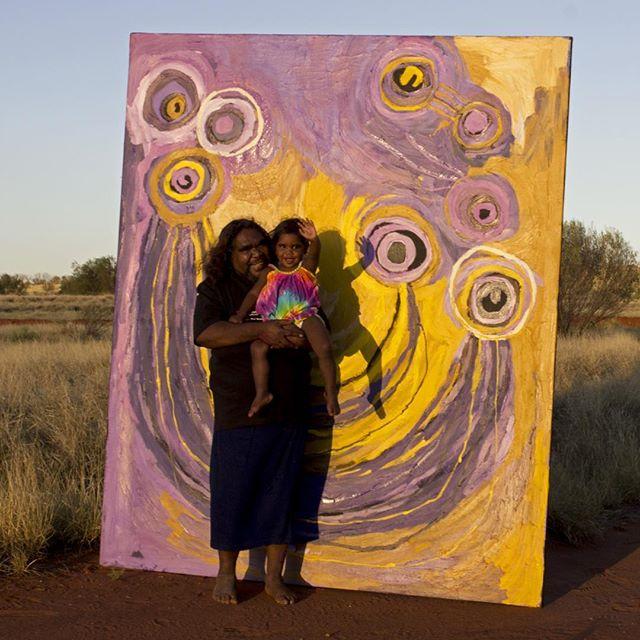 Barbara Moore and little Jill 💛💛💛 #tjalaarts #apy