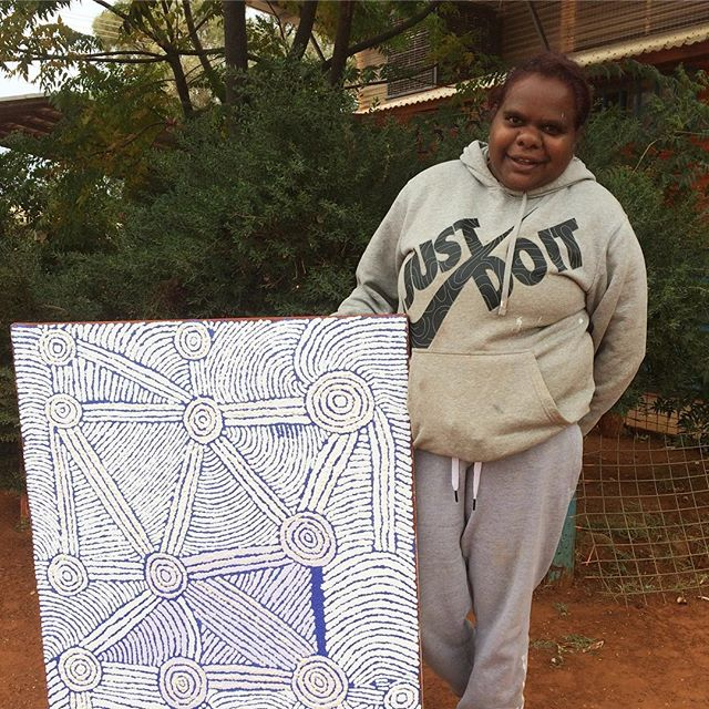 Nice one Paula! Painting her grandmother's way 💛#firstcanvas #tjalaarts