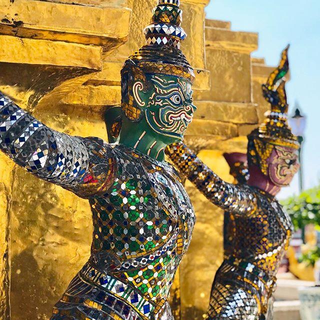 Le palais royal de Bangkok Wat Phra Kaeo 🏯🇹🇭🐲 #bangkok #thailande #watphrakaeo