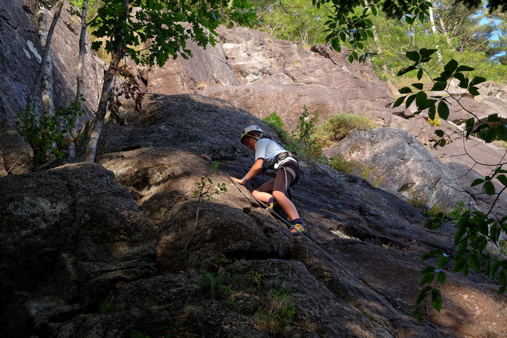 Climbing04-12.jpg