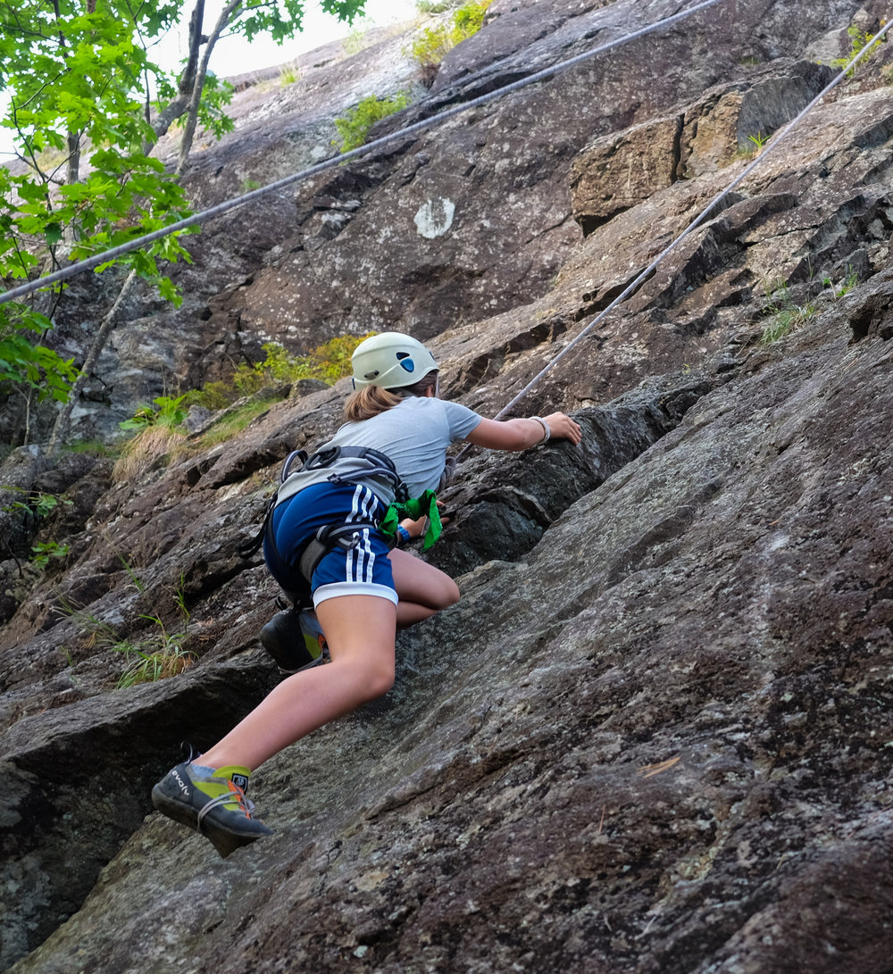 Climbing04-19.jpg