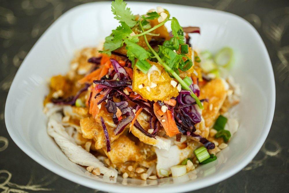 Ivey+Mortaza+Calzone+&+Curry+Pad+Thai_-2.jpg