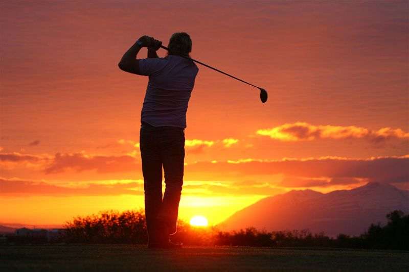 """Marveling at the """"midnight sun""""while playing night golf in Iceland. How about entering the Arctic Open?"""