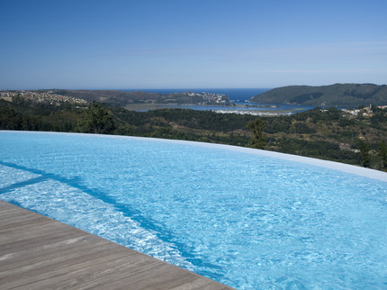 Outdoor-Swimming-Pool430x322.jpg