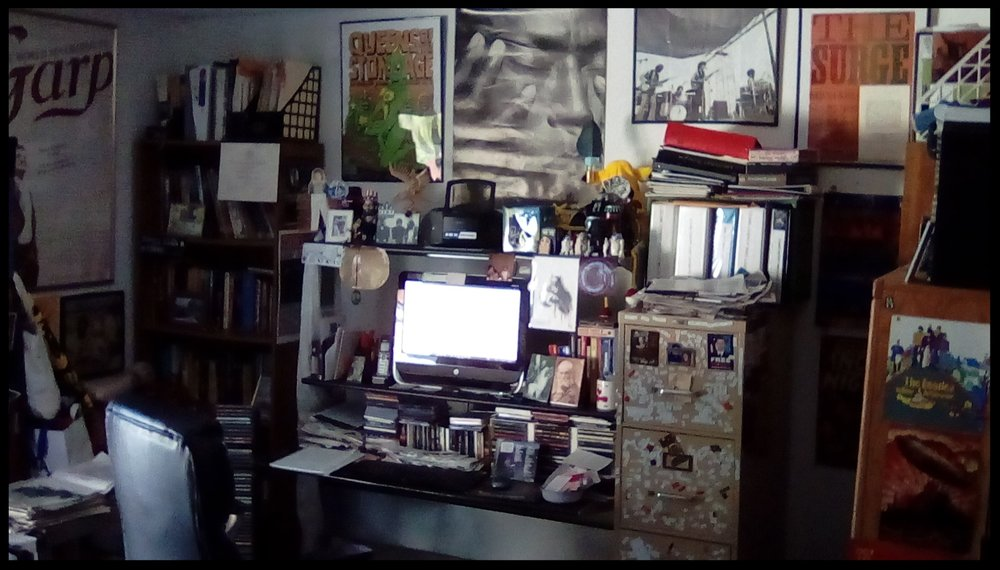 Christopher Luna's work space