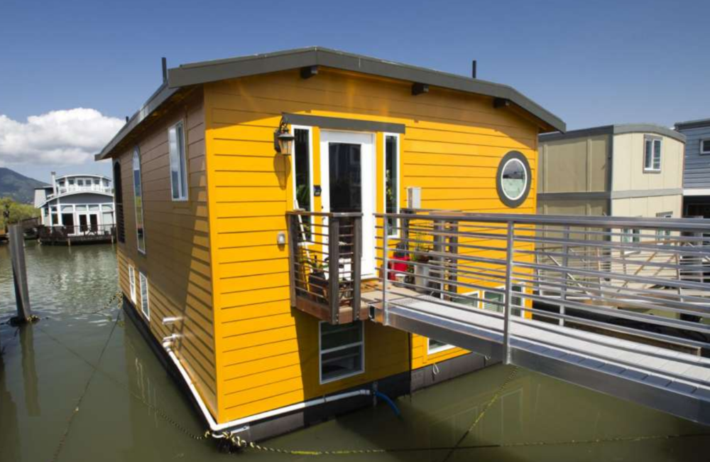 HOUSEBOATS - GATES COMMUNITY SAUSALITO