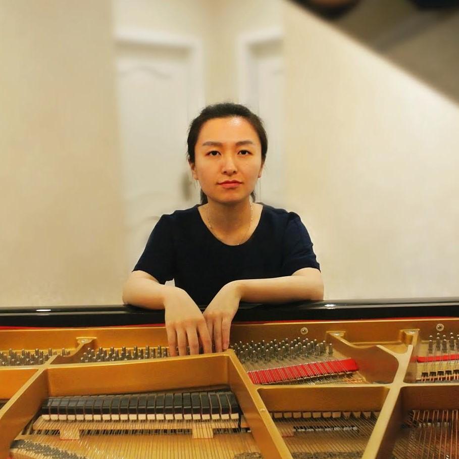 Bei Yu, piano