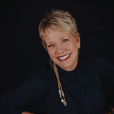 Carolyn Diamond, piano