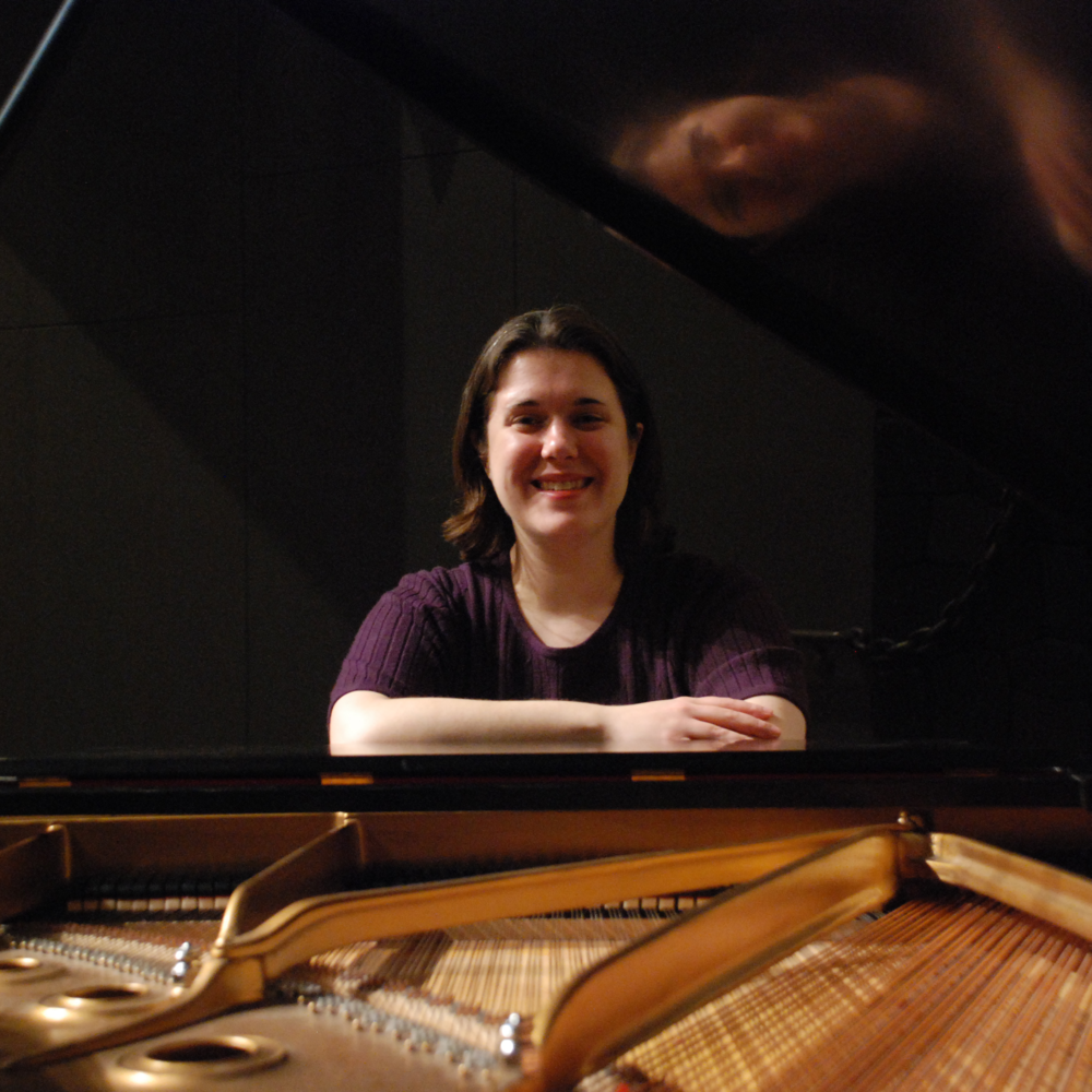 Monica Allen, piano