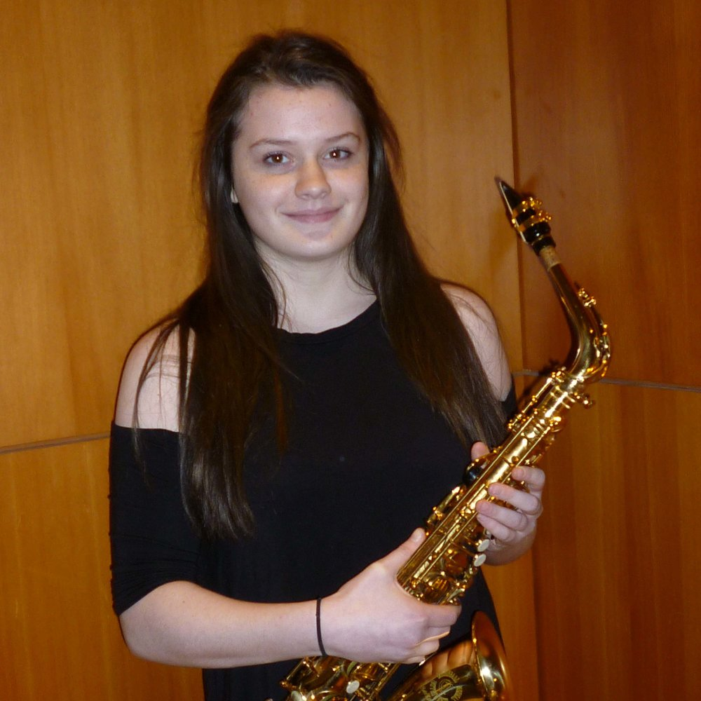 Rebecca Tank, saxophone