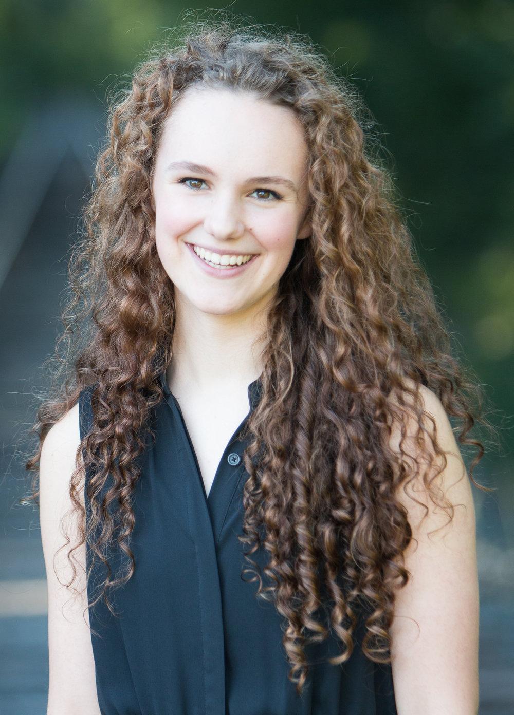 Lauren Senden, soprano  Young Artist Scholarship Competition Winner 2017