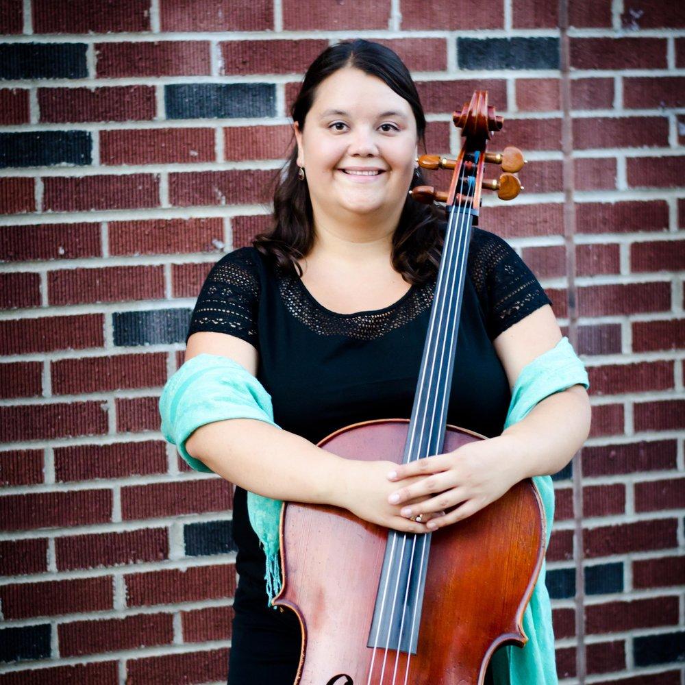 Lindsay Schlemmer, cello