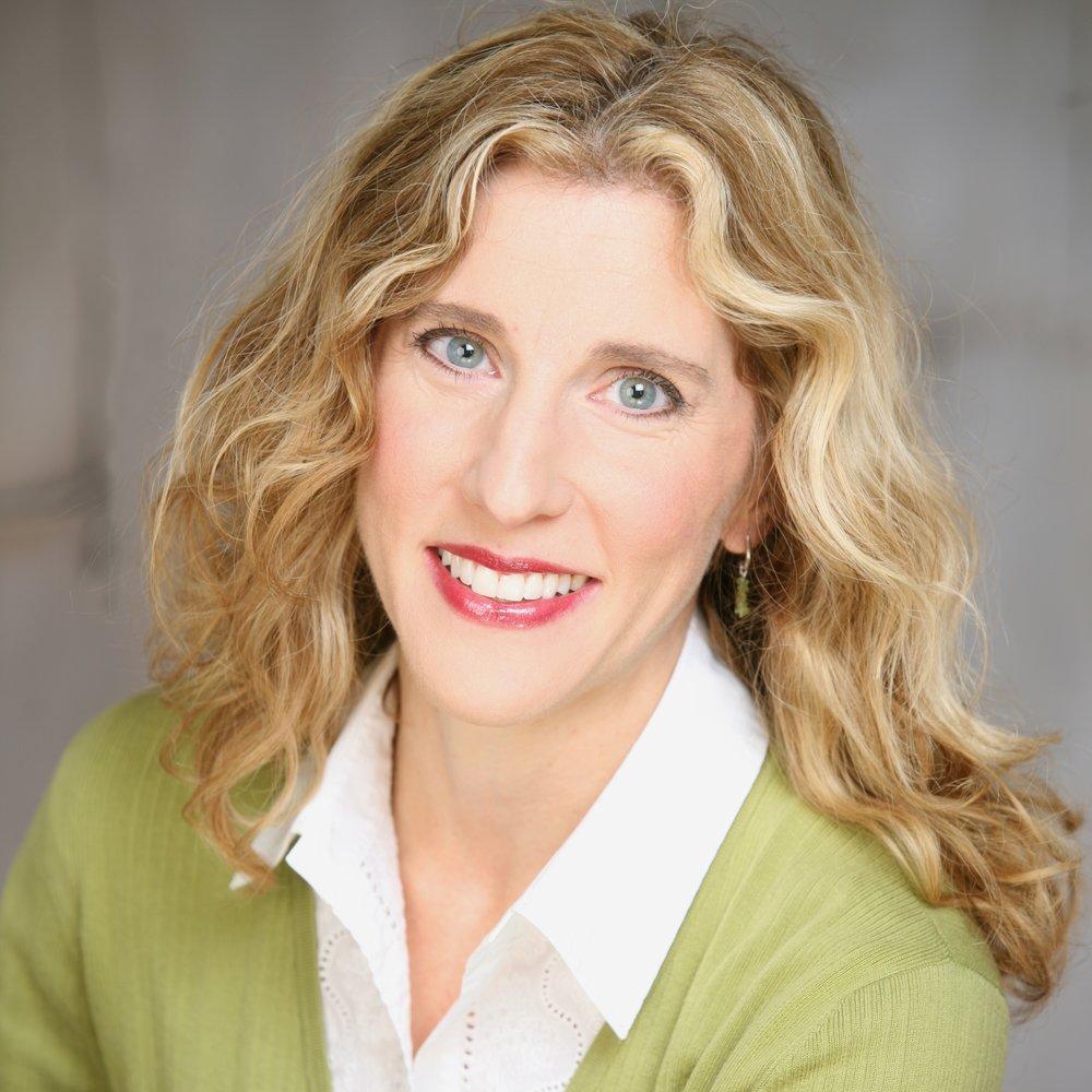 Julie Ann Greif,  soprano
