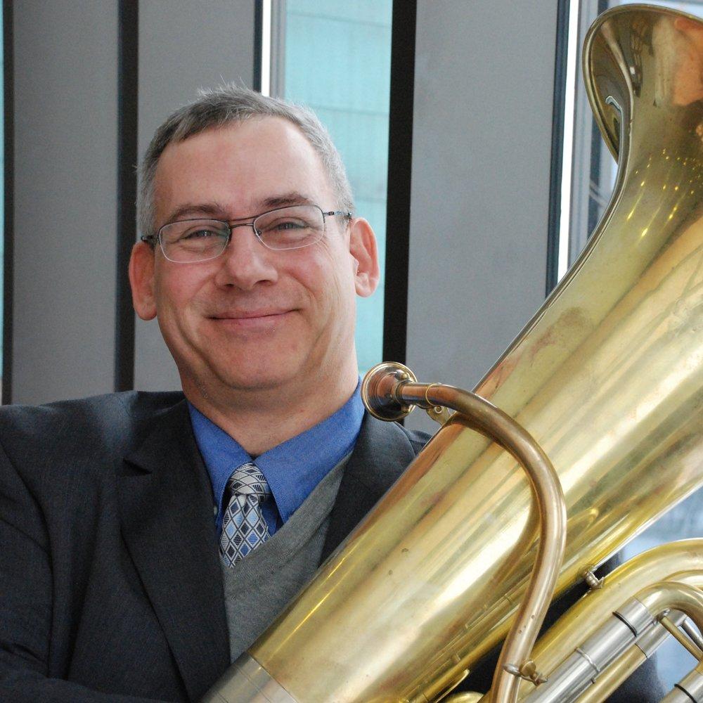 Charles Wazanowski,  tuba