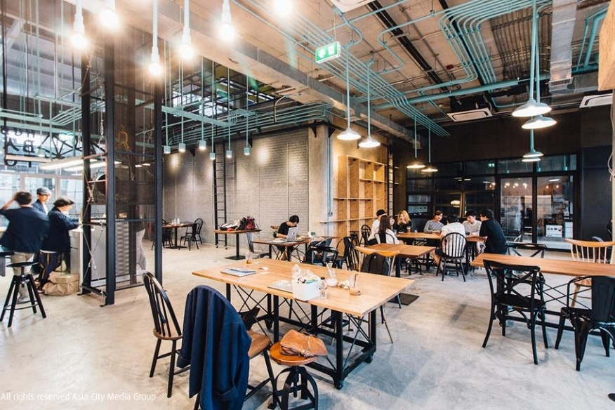 Hubba-To - Southeast Asia's newest co-working and creative space located in the new Habbito Mall in a residential area of Ornnuch, Bangkok, and it is also the largest co-working environment in Southeast Asia.
