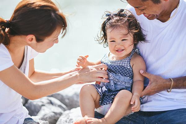 アラハビーチ家族写真.jpg